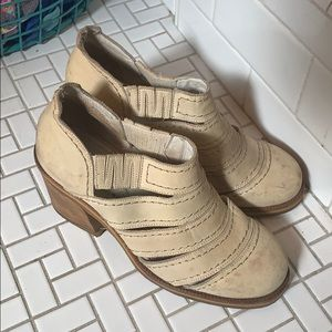 c62de9ab364f4 el dante. Vintage El Dante s Strappy Ankle Boot
